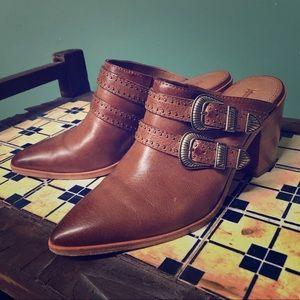 FRYE Flynn Brown leather mule slip ons 7M